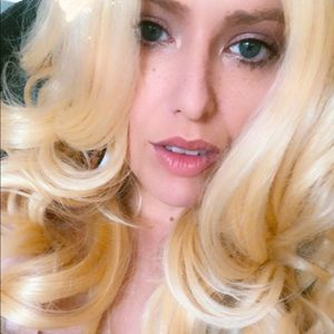 BIG HAIR DONT CARE Blonde 613 Lacefront 2020 Wig